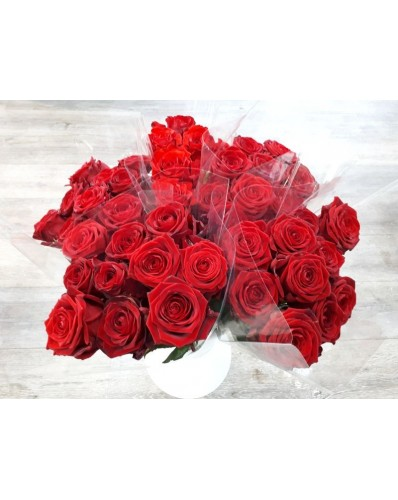 40 roses rouges St Valentin  emballées individuellement